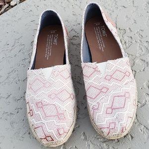 Toms EUC loafers size 7 espadrilles flats